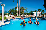 Dominikanische Republik, Playa Dorada, Hotel Victoria, Pool: Schnupperkurs, Tauchunterricht | Dominican Republic, Playa Dorada, Hotel Victoria, pool: scuba diving, trial lesson