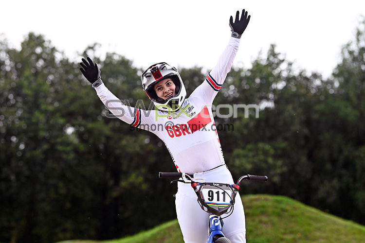 Picture by Alex Broadway/SWpix.com - 22/08/2021 - Cycling - UCI BMX World Championships 2021 - Papendal National Sports Centre, Arnhem, Netherlands - Bethany Shriever of Great Britain celebrates winning Gold in the Elite Women's Final.