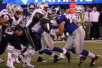 DT Markus Kuhn (Giants) gegen G Jeremiah Warren (Patriots)