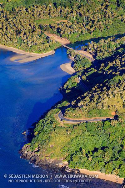 Littoral de la côte Est, rivière  Ondou entre Poindimié et Touho, Nouvelle-Calédonie