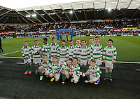 SWANSEA, WALES - FEBRUARY 21:  Guard of honours the Barclays Premier League match between Swansea City and Manchester United at Liberty Stadium on February 21, 2015 in Swansea, Wales.