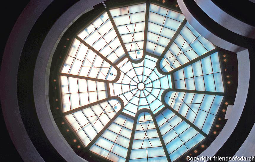 F.L. Wright:  Guggenheim Museum.  Photo '88.