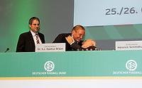 Die beiden DFB-Ehrenpräsidenten Gerhard Mayer-Vorfelder und Egidius Braun umarmen sich<br /> 39. Ordentlicher DFB-Bundestag in der Rheingoldhalle<br /> *** Local Caption *** Foto ist honorarpflichtig! zzgl. gesetzl. MwSt. Es gelten ausschließlich unsere unter <br /> <br /> Auf Anfrage in hoeherer Qualitaet/Aufloesung. Belegexemplar an: Marc Schueler, Am Ziegelfalltor 4, 64625 Bensheim, Tel. +49 (0) 6251 86 96 134, www.gameday-mediaservices.de. Email: marc.schueler@gameday-mediaservices.de, Bankverbindung: Volksbank Bergstrasse, Kto.: 151297, BLZ: 50960101