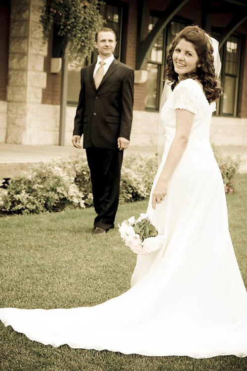 Daniela and Serg's wedding in Dauphin Manitoba Canada.  Photographed by 4iiiis Photography