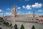 Belgium, West Vlaanderen, Ypres: The Cloth Halls in the Grote Markt Albert 1., UNESCO World heritage