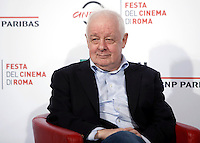 "Il regista irlandese Jim Sheridan posa durante un photocall per la presentazione del film ""The Secret Scripture"" al Festival Internazionale del Film di Roma, 18 ottobre 2016.<br /> Irish Jim Sheridan poses for a photocall to present the movie ""The Secret Scripture"" during the international Rome Film Festival at Rome's Auditorium, 18 October 2016.<br /> UPDATE IMAGES PRESS/Isabella Bonotto"