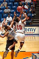 061105-Dallas Diesel @ UTSA Basketball (W)