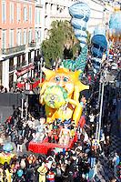 Nice le 19 Fevrier 2107 Place Massena unique sotie du Corso Carnavalesque Parada Nissarda de jour Sea Sun And KWH
