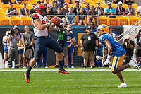 Syracuse tight end Aaron Hackett scores on a one yard touchdown pass reception as Pitt defensive back Damar Hamlin (3) looks on. The Pitt Panthers defeated the Syracuse Orange 44-37 in overtime at Heinz Field in Pittsburgh, Pennsylvania on October 6, 2018.
