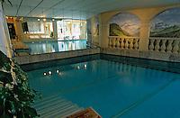Europe/Suisse/Saanenland/Gstaad: Hôtel-Palace - La piscine