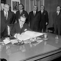 Le chef de l'Union Nationale et Premier ministre Daniel Johnson, le 24 avril 1967<br /> <br /> PHOTO : Agence Quebec Presse  - Photo Moderne
