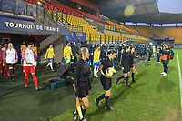 20200310  Calais , France : referees and players entering the pitch pictured during the female football game between the national teams of  Brasil and Canada on the third and last matchday of the Tournoi de France 2020 , a prestigious friendly womensoccer tournament in Northern France , on Tuesday 10 th March 2020 in Calais , France . PHOTO SPORTPIX.BE | DIRK VUYLSTEKE