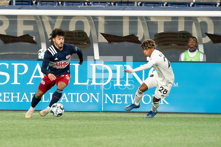 FOXBOROUGH, MA - OCTOBER 09: Ryan Spaulding #34 of New England Revolution II advances the ball during a game between Fort Lauderdale CF and New England Revolution II at Gillette Stadium on October 09, 2020 in Foxborough, Massachusetts.