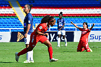 CALI – COLOMBIA, 02-11-2020: Gisela Robledo del América celebra después de anotar el segundo gol de su equipo partido por la Fecha 3 de la Liga Femenina BetPlay DIMAYOR 2020 entre América de Cali y Atlético Junior jugado en el estadio Pascual Guerrero de la ciudad de Cali. / Gisela Robledo of America celebrates after scoring the second goal of his team during match for the date 3 as part of Women's BetPlay DIMAYOR League 2020 between America de Cali and Atletico Junior played at Pascual Guerrero stadium in Cali. Photos: VizzorImage / Nelson Rios / Cont /