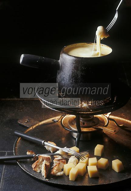 "Europe/France/73/Savoie/Val d'Isère: Fondue Savoyarde au restaurant ""Le Samovar"""