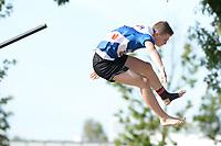 FIERLJEPPEN: BURGUM: 19-09-2020, NK Fierljeppen, Wisse Broekstra uit Tzummarum sprong een nieuw Nederlands record van 20.72 meter  bij de jongen-categorie, ©foto Martin de Jong