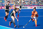 Wales Sarah Jones in action during todays event<br /> <br /> *This image must be credited to Ian Cook Sportingwales and can only be used in conjunction with this event only*<br /> <br /> 21st Commonwealth Games - Wales v Malaysia - Hockey-  Day 7 - 11\04\2018 - Gold Coast Hockey Centre - Gold Coast City - Australia