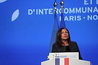 ANNE HIDALGO (MAIRE DE PARIS) - LA SEANCE DE CLOTURE DU 100EME CONGRES DES MAIRES DE FRANCE A PARIS, FRANCE, LE 23/11/2017.