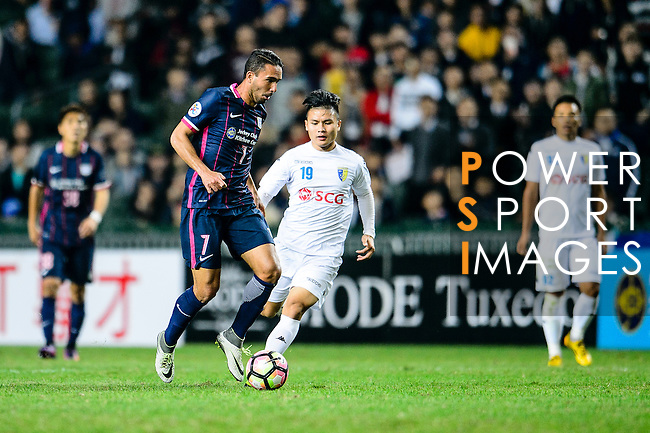 FC Kitchee Midfielder Fernando Augusto (l) in action during the AFC Champions League 2017 Preliminary Stage match between  Kitchee SC (HKG) vs Hanoi FC (VIE) at the Hong Kong Stadium on 25 January 2017 in Hong Kong, Hong Kong. Photo by Marcio Rodrigo Machado/Power Sport Images