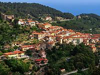 Marciana Alta, Blick von Seilbahn Monte Capanne, Elba, Region Toskana, Provinz Livorno, Italien, Europa<br /> Marciana Alta, view from cable car Monte Capanne, Region Tuscany, Province Livorno, Italy, Europe