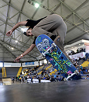 BOGOTA - COLOMBIA - 13 - 08 - 2017: Ana Maria Rendon, Skater de Colombia, durante competencia en el Primer Campeonato Panamericano de Skateboarding, que se realiza en el Palacio de los Deportes en la Ciudad de Bogota. / Ana Maria Rendon, Skater from Colombia, during a competitions in the First Pan American Championship of Skateboarding, that takes place in the Palace of Sports in the City of Bogota. Photo: VizzorImage / Luis Ramirez / Staff.