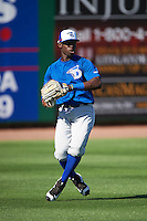 Dunedin Blue Jays outfielder J.D. Davis (3) during practice before a game against the Clearwater Threshers on April 8, 2016 at Bright House Field in Clearwater, Florida.  Dunedin defeated Clearwater 8-3.  (Mike Janes/Four Seam Images)