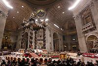 Papa Francesco celebra la messa della Notte di Natale, nella Basilica di San Pietro, Citta' del Vaticano, 24 dicembre 2015.<br /> Pope Francis celebrates the Christmas Eve mass in St. Peter's Basilica, Vatican, 24 December 2015.<br /> UPDATE IMAGES PRESS/Riccardo De Luca<br /> <br /> STRICTLY ONLY FOR EDITORIAL USE