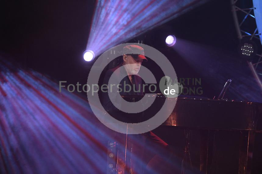 CULTUUR: HEERENVEEN: 17-07-2018, Simmertime 2018, De Kast en Piter Wilkens,<br /> Freark Smink, Johannes Rypma en Maaike Schuurmans, ©foto Martin de Jong