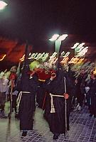 Europe/France/Languedoc-Roussillon/66/Pyrénées-Orientales/Collioure: procession de nuit de la Saint Sanch<br /> PHOTO D'ARCHIVES // ARCHIVAL IMAGES<br /> FRANCE 1980