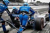 #10: Felix Rosenqvist, Chip Ganassi Racing Honda, pit stop