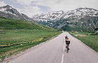 high speed descent of the Cormet de Roselend (1977m)<br /> <br /> Stage 6: Frontenex > La Rosière Espace San Bernardo (110km)<br /> 70th Critérium du Dauphiné 2018 (2.UWT)