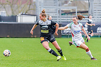 Margaux Van Ackere (37) of Eendracht Aalst and Hannah Eurlings (9) of OHL pictured during a female soccer game between Eendracht Aalst and OHL on the 13 th matchday of the 2020 - 2021 season of Belgian Scooore Womens Super League , Saturday 6 th of February 2021  in Aalst , Belgium . PHOTO SPORTPIX.BE | SPP | STIJN AUDOOREN