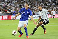 Kasper Hämäläinen (Finnland) gegen Karim Bellarabi (Deutschland Germany) - Deutschland vs. Finnland, Borussia Park, Mönchengladbach