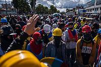BOGOTA - COLOMBIA, 20-07-2021: Un grupo de jóvenes de la primera línea en el sector de la granja en Bogotá organizan una protesta hoy, 20 de julio de 2021, en Bogotá durante la conmemoración del día de independencia de Colombia en el cual siguen las protestas del paro nacional que nuevamente convocó movilizaciones para protestar por el gobierno del presidente Duque. / A group of young people from the front line in the farm sector in Bogotá organize a protest today, July 20, 2021, in Bogotá during the commemoration of Colombia's independence day in which the protests of the national strike that again called mobilizations to protest the government of President Duque. Photo: VizzorImage / Diego Cuevas / Cont