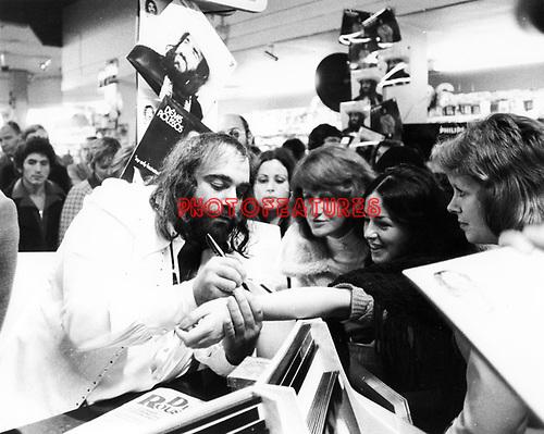 Demis Roussos 1974<br /> © Chris Walter