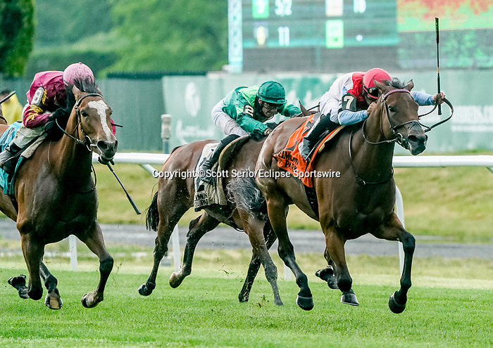 June 4, 2021: Mean Mary #7, ridden by Luis Saez, wins the New York Stakes during Friday racing at the Belmont Stakes Festival at Belmont Park in Elmont, New York. Scott Serio/Eclipse Sportswire/CSM