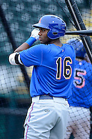 St. Lucie Mets outfielder Aderlin Rodriguez #16 during practice before a game against the Bradenton Marauders on April 12, 2013 at McKechnie Field in Bradenton, Florida.  St. Lucie defeated Bradenton 6-5 in 12 innings.  (Mike Janes/Four Seam Images)