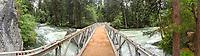 Wanderweg ueber den Kings River im Kings Canyon im kalifornischen Sequoia National Park.<br /> 8.6.2017, Sequoia National Park<br /> Copyright: Christian-Ditsch.de<br /> [Inhaltsveraendernde Manipulation des Fotos nur nach ausdruecklicher Genehmigung des Fotografen. Vereinbarungen ueber Abtretung von Persoenlichkeitsrechten/Model Release der abgebildeten Person/Personen liegen nicht vor. NO MODEL RELEASE! Nur fuer Redaktionelle Zwecke. Don't publish without copyright Christian-Ditsch.de, Veroeffentlichung nur mit Fotografennennung, sowie gegen Honorar, MwSt. und Beleg. Konto: I N G - D i B a, IBAN DE58500105175400192269, BIC INGDDEFFXXX, Kontakt: post@christian-ditsch.de<br /> Bei der Bearbeitung der Dateiinformationen darf die Urheberkennzeichnung in den EXIF- und  IPTC-Daten nicht entfernt werden, diese sind in digitalen Medien nach §95c UrhG rechtlich geschuetzt. Der Urhebervermerk wird gemaess §13 UrhG verlangt.]