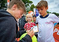 Den Bosch, Netherlands, 13 June, 2018, Tennis, Libema Open, Kidsday, kids press conference with Demi Schuurs (NED)  and Bibiane Schoofs (NED)<br /> Photo: Henk Koster/tennisimages.com