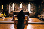 Nuns at Burnham Abbey, an Anglican Contemplative  Augustinian Community of Sister of the Precious Blood. Maidenhead Berkshire UK. 1989, 1980s UK. Continual observance in the Abbey.