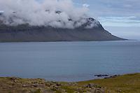 Fjord, Fáskrúðsfjörður, Faskrudsfjördur, im Osten von Island