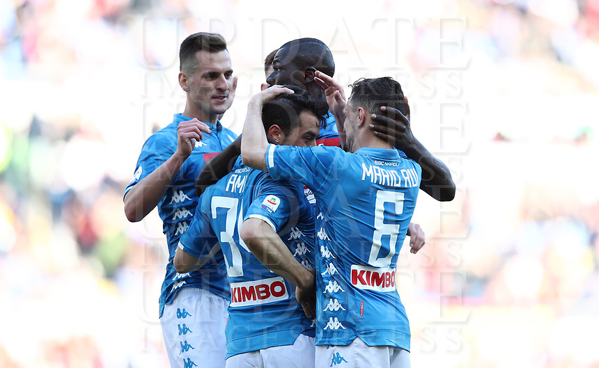 Football, Serie A: AS Roma - SSC Napoli, Olympic stadium, Rome, March 31, 2019. <br /> Napoli's Amin Younes (c) celebrates after scoring with his teammates during the Italian Serie A football match between Roma and Napoli at Olympic stadium in Rome, on March 31, 2019.<br /> UPDATE IMAGES PRESS/Isabella Bonotto