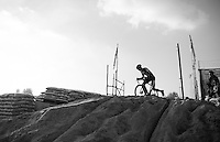on top of the sand dune<br /> <br /> Elite Men's Race<br /> Soudal Jaarmarktcross Niel 2016