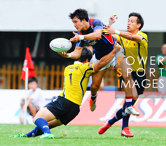 Hong Kong men play Thailand during Day 2 of the Shanghai 7s, part of the HSBC Asian Sevens Series, at the Yuanshen Stadium on August 28, 2011 in Shanghai, China. Photo by © Victor Fraile / The Power of Sport Images for Fast Track / HSBC