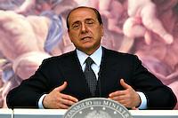 Roma 2/4/2004 Palazzo Chigi,<br /> Conferenza stampa Consiglio dei Ministri.<br /> Silvio Berlusconi <br /> Foto Andrea Staccioli Insidefoto