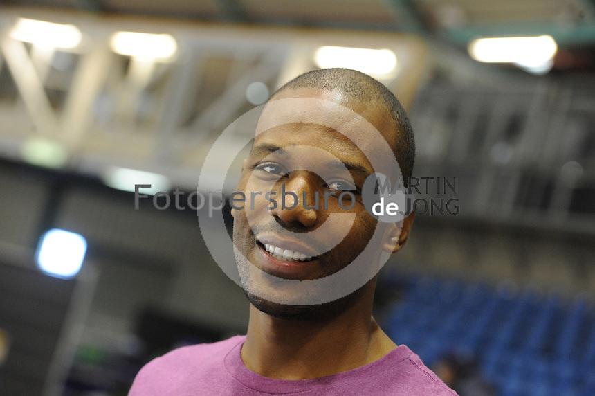 SCHAATSEN: HEERENVEEN: IJsstadion Thialf, 12-11-2012, World Cup Training, Seizoen 2012-2013, Shani Davis (USA), ©foto Martin de Jong