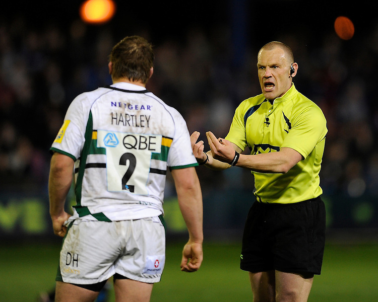 Referee Neil Hennessy talks to Dylan Hartley of Northampton Saints during the LV= Cup second round match between Ospreys and Northampton Saints at Riverside Hardware Brewery Field, Bridgend (Photo by Rob Munro)