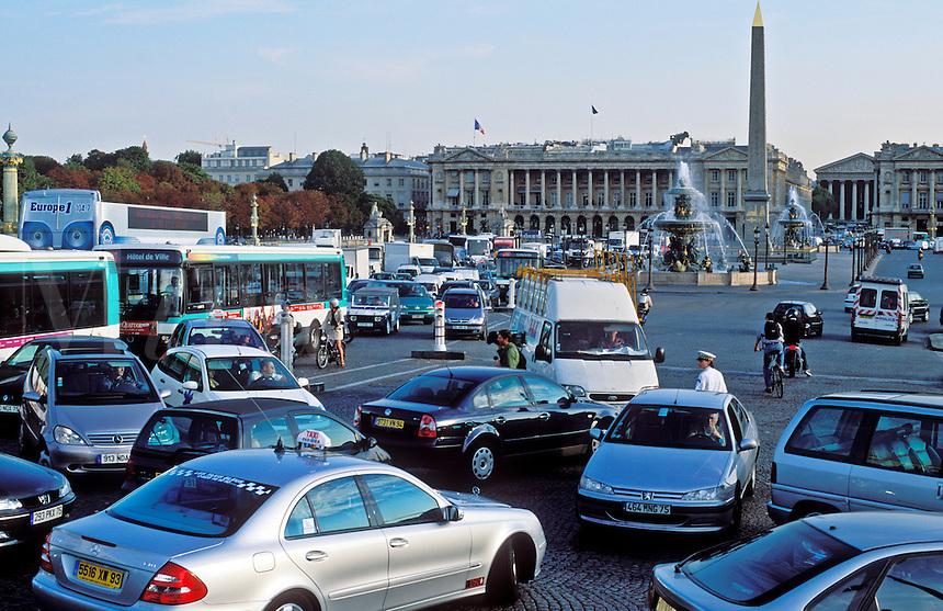 France, Paris, Place de la Concorde, traffic jam