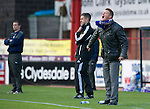 Dundee v St Johnstone....29.09.12      SPL.Steve Lomas screams instructions.Picture by Graeme Hart..Copyright Perthshire Picture Agency.Tel: 01738 623350  Mobile: 07990 594431