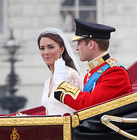 BREAKING NEWS - Kate and William: Duchess pregnant, palace says<br /> <br /> The Duchess of Cambridge is expecting a baby, St James's Palace has announced.<br /> <br /> Members of the Royal Family and the duchess's family, the Middletons, are said to be delighted.<br /> <br /> People:  William, Duke of Cambridge  Catherine, Duchess of Cambridge